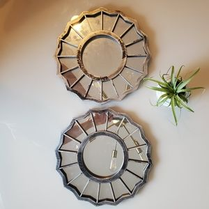 Set of 2 geometric silver mirrors